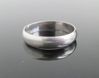 925 Sterling Silver Ring / Band - Vintage Size 7, Smooth Simple