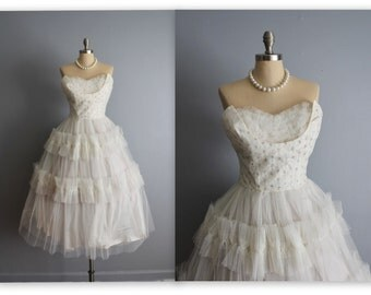 50's Wedding Dress // Vintage 1950's Strapless White Tulle Wedding Dress Tea Gown