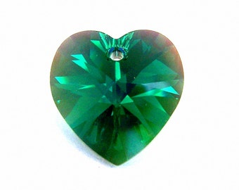 Emerald AB 18mm Swarovski crystal heart pendant, 18mm emerald green heart, Qty 1