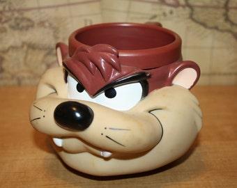 "Tasmanian Devil ""Taz"" Plastic Mug - item #1494"