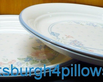 6 - Corelle -  Symphony - Dinner Plates - 10 1/4 - Slight Wear - No Chips Or Cracks  - Price Is For All - Picture Shows 4 But Have 6