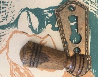 Vintage Bronze Escutcheon w Wood Swivel - Ornate Key Hole - DIY Steamunk Assemblage Pendant Supply