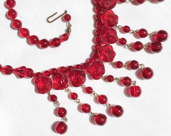 Stunning 1930s Ruby Red Carved Rose Glass Bead Bib Necklace