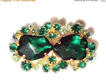 20% OFF SALE - Vintage Emerald and Peridot Aurora Borealis Rhinestone Brooch