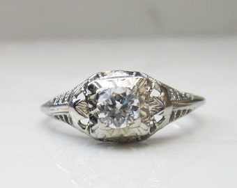 Vintage Art Deco Diamond Solitaire Engagement Ring in 14k Solid White Gold, Size 6.25 // Solitaire Engagement Ring // Art Deco Ring //