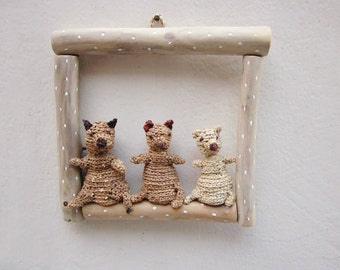 Bears in frame, kids room decoration, wall art, woodland plush, crochet bears, childrens room decor, woodland wall decor