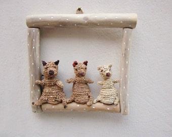 Bears in frame, kids room decoration, wall art, woodland plush, crochet bears, childrens room decor, woodland wall decor