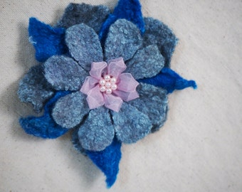 Valentine's Day Gift Grey Blue Pink Flower Brooch Pin