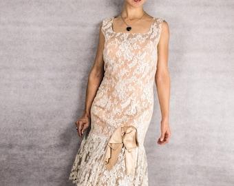 50s/60s Ivory Lace Adelle Dress///Size Medium