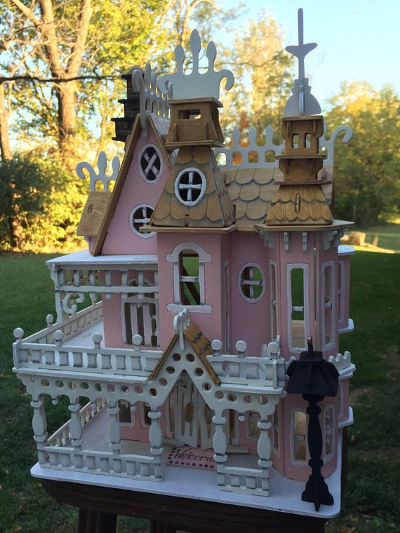 Victorian Painted Lady Dollhouse