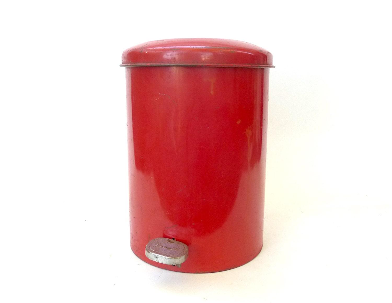 Vintage Red Metal Sanette Industrial Waste Basket With Lid 1950s Mcm Modern Small Trash Can