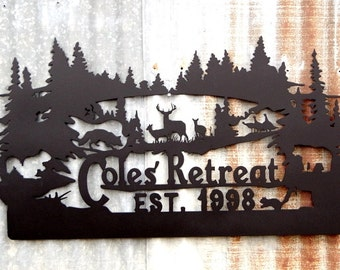 Family Name Custom Metal Wildlife Sign, Personalized Deer Sign LMW-16-08