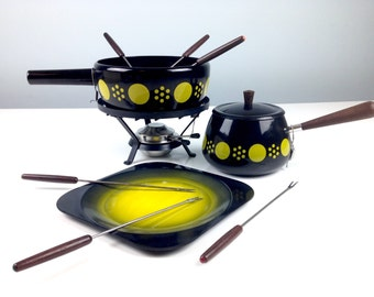 Mint Condition Metall Zug Fondue Pot Set, New in Box, Vintage Enamelware, Swiss Made Enamelware, Vintage Kitchen, Polka Dot Enamelware, NOS