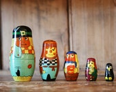 Vintage Nesting Dolls / Set of 5 / Scarecrows and Penguin / Wooden Hand Painted / Fall Autumn Halloween Home Decor Russian Matryoshka Dolls