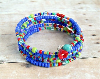 color splash beaded memory wire bracelet, colorful, rainbow, hippie, multicolor