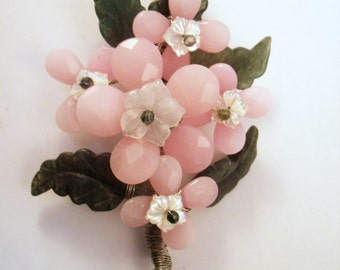 Pink flower bouquet brooch- hand wired with jade leaves