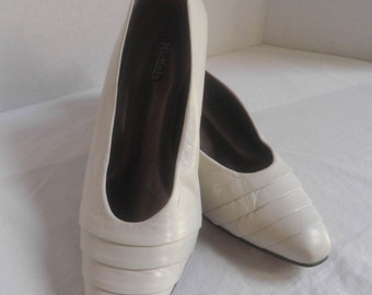 Women's low heel PUMPS, NICKELS genuine Leather shoes, Made in Spain, 10M