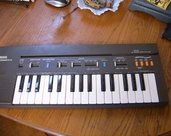 Yamaha Portasound pcs-30