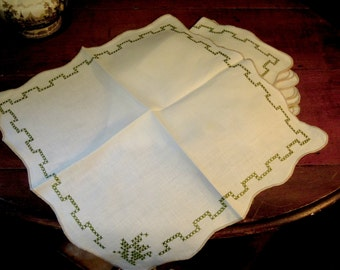 Eight Vintage Cotton Napkins /  Cross Stitch / Embroidered Napkins with Scalloped Edges / Green Cross Stitch Design