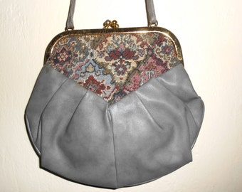 Vintage 1980s PALOTA tapestry & gray synthetic leather crossbody clamshell clutch