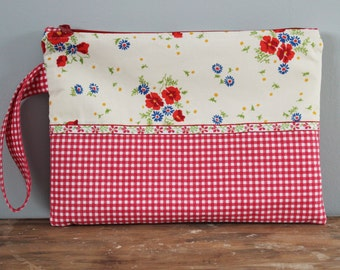 Red Gingham Vintage Pillowcase Zippered Clutch