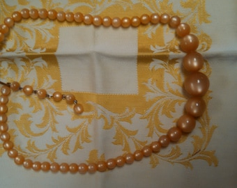 Costume Chocolate Pearlized Plastic Bead Necklace #29