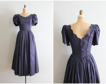 vintage Laura Ashley cotton lawn dress - navy blue tea dress / Laura Ashley dress - tea length & puff sleeves / navy bridesmaid dress