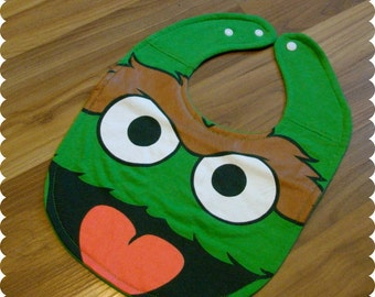 Oscar the Grouch Sesame Street Baby Bib, Recycled T-Shirt Bib, Sesame Street Baby, Gender Neutral Baby Gift, Baby Shower, New Baby Gift