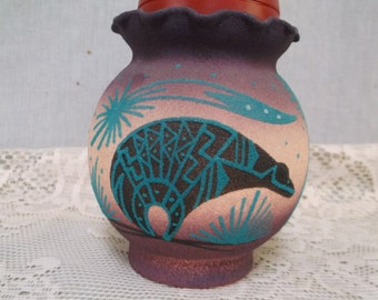 Navajo Vase, Sand Painted, Signed by Navajo Artist, Mimbres Bear, Semi Transparent