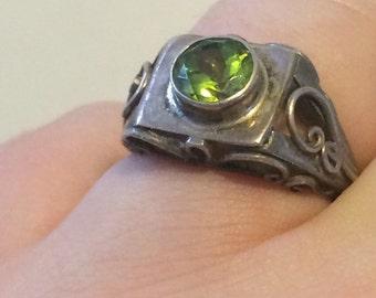 Art Deco Inspired Peridot Bezel Ring set in Sterling Silver sz 5.5