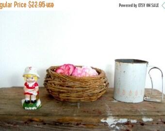 Home Starter Kit Vintage Instant Collection White Flour Sifter, Campbell Salt Shaker, Woven Basket