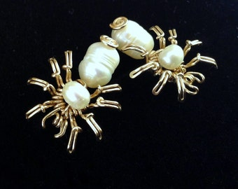14k Gold filled SPIDER stud earrings, black widow, halloween earrings,insect earring Pearls gold ear stud, goth gothic earring, OOAK nature