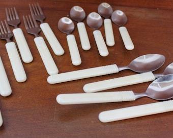 White Plastic Handle Silverware Flatware Vintage Stainless BIN 14