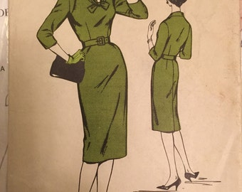 Vintage 1950s Woman dress making sewing pattern for a Joan type wiggle dress VLV rockabilly Bust 38