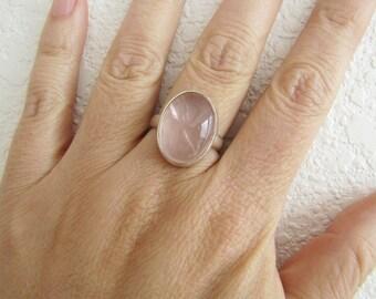 Oval Rose Quartz Sterling Silver Ring, size 8, Modernist, Love Gemstone