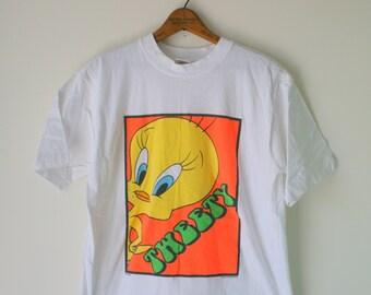 Vintage LOONEY TUNES TShirt...large large...cartoon. retro. tweety bird. sylvester. bird. thats all folks. groovy. 90s clothing. warner bros