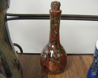 00E0 Rich Ohata Red with Accents,  Lidded Bottle, Bud Vase