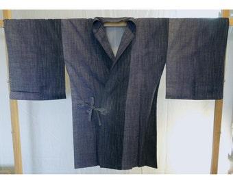 Shades of purple doguchi - a kimono jacket for around the house