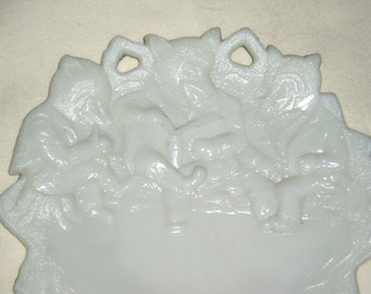Vintage 3 Bears Westmoreland Plate, Milk Glass