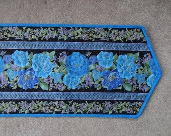 Elegant gold accented quilted  blue floral table runner