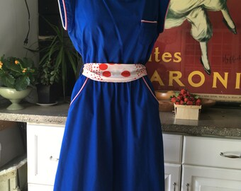 I Wear Your Great Aunt's Clothes, I look Incredible - 1970s - 1980s does 1950s royal blue preppy day dress Fourth of July magic