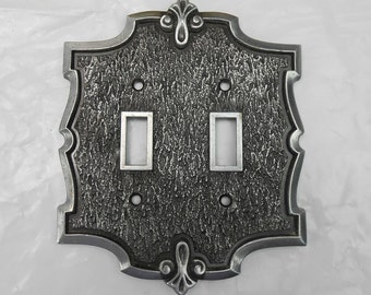 Vintage Amerock pewter switch plate double gang switch architectural salvage light switch cover switchplate fleur de lis