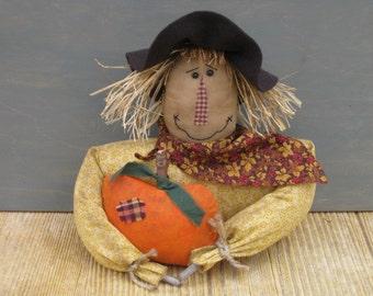 Primitive Scarecrow Shelf Sitter holding Pumpkin - Country Primitive Scarecrow Bust - Fabric - Fall Cupboard Tuck -Centerpiece -Autumn Decor