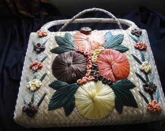 1950'S Large Raffia Floral Embroidered Straw Tote Bag Carry all