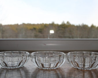 Set of 3 Open Salts/12 Panel Design Open Salt/Collectible Salt Dip//Collectible Glass/Vintage Dinnerware/VintageTablesetting