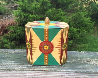 Collectible Tin Tin Can Gold Green Red Tin
