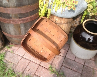 Early split oak berry basket antique