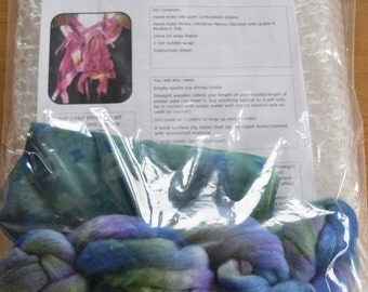 Hand-dyed Nuno Felting Scarf Kit
