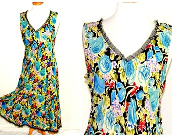 Flirty floral print dress with black lace trim / flowing flared bottom  / brightly colored rayon ladies fashion / size large slipdress
