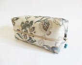 Beauty Case for Woman, OOAK Gift for Her, Birthday Gift for Sister, Cosmetics Toiletry Travel Bag, Trendy Makeup Organizer